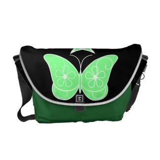 Pentagram con verde de la mariposa bolsas messenger