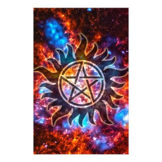 Pentagram cósmico papeleria de diseño