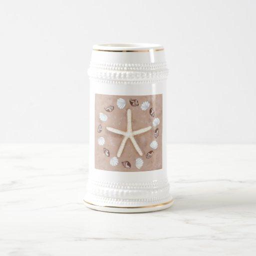 Pentagram de las estrellas de mar y de las jarra de cerveza
