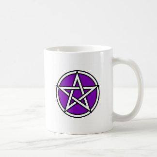 Pentagram púrpura mágico taza