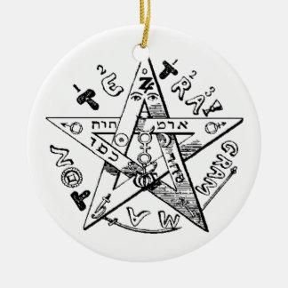Pentagram satánico ornato