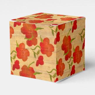 Peonies rojos del tango en la seda del oro paquetes de regalo