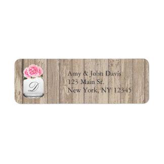 Peonies rosados que casan las etiquetas de etiqueta de remite