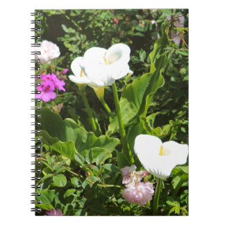 Peonies salvajes y Callalilies Spiral Notebooks