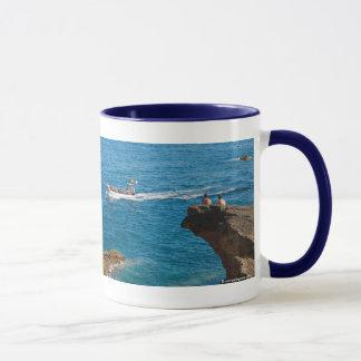 People on an islet mug