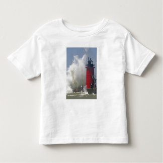 People on jetty watch large breaking waves in toddler t-shirt