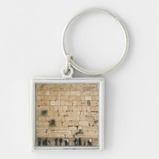 People praying at the wailing wall keychain