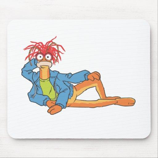 Pepe la gamba mouse pads