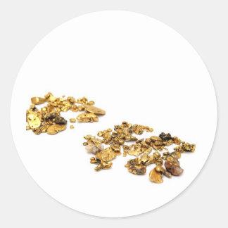 Pepitas de oro en blanco pegatina redonda