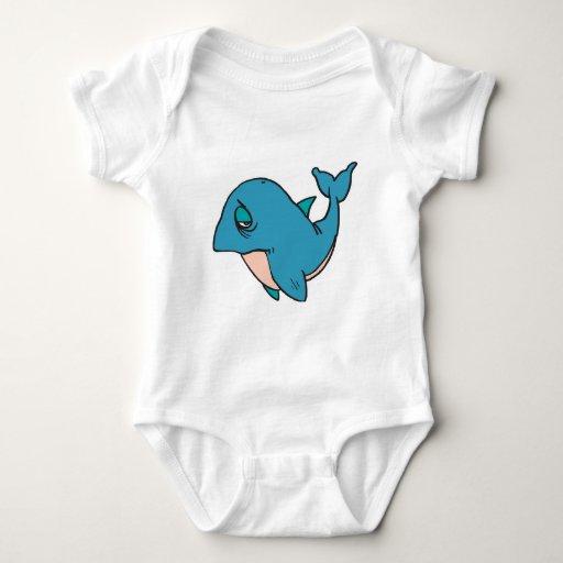 pequeña ballena triste playera
