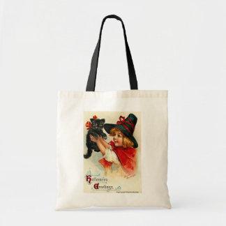 Pequeña bruja del vintage y gato negro bolsas