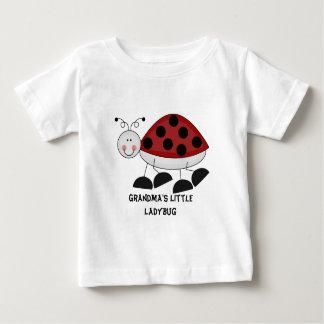 Pequeña camiseta de la mariquita de la abuela playeras