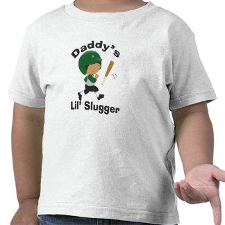 Pequeña camiseta del béisbol del bateador del papá