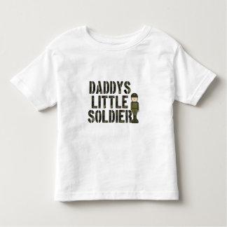 Pequeña camiseta del niño del soldado de Daddys Playera