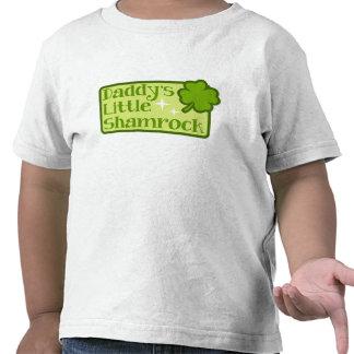 Pequeña camiseta del niño del trébol del papá