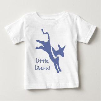 Pequeña camiseta infantil liberal playera