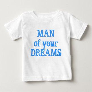 Pequeña camiseta linda del bebé