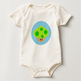 Pequeña camiseta linda del niño de la seta