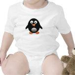 Pequeña camiseta rechoncha del bebé del pingüino