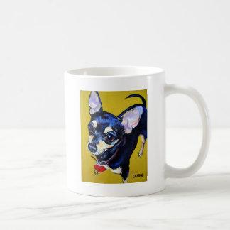 Pequeña chihuahua deshilvanada - chihuahua del neg taza de café