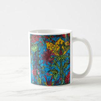 pequeña gente taza de café