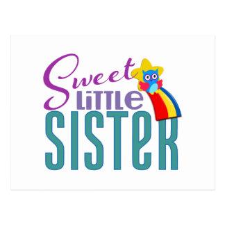 Pequeña hermana dulce tarjeta postal