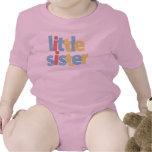 Pequeña hermana trajes de bebé