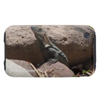 Pequeña iguana en las rocas; Personalizable Carcasa Resistente Para iPhone