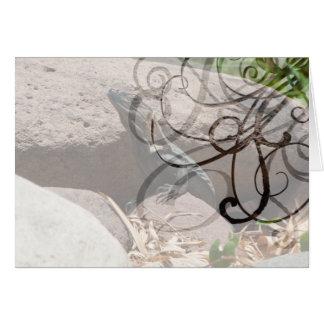 Pequeña iguana en las rocas; Personalizable Tarjeta De Felicitación