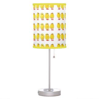 Pequeña lámpara de los polluelos