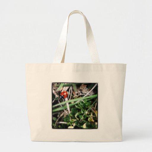 Pequeña mariquita bolsa tela grande
