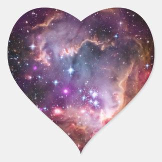 Pequeña nube de Magellanic púrpura Pegatina En Forma De Corazón