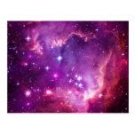 Pequeña nube de Magellanic teñida púrpura Tarjeta Postal