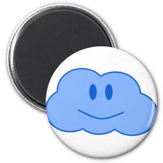 Pequeña nube feliz imán redondo 5 cm