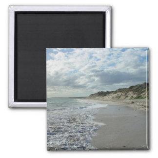 Pequeña onda que espumejea en la playa de Wanneroo Imán De Frigorífico