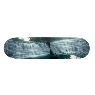 Pequeña presa hidroeléctrica tablas de patinar