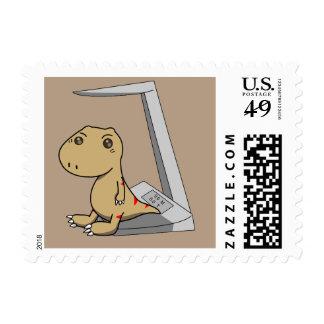 Pequeña prisa del tyrannosaurus a crecer timbres postales