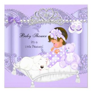 Pequeña púrpura de la lavanda del chica de la