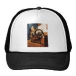 Pequeña rueda de hilado gorra