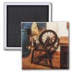 Pequeña rueda de hilado imanes