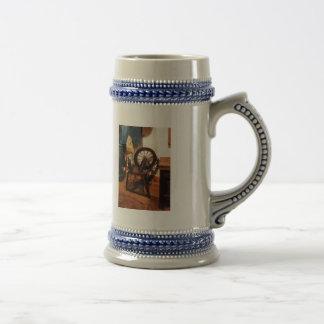 Pequeña rueda de hilado taza de café