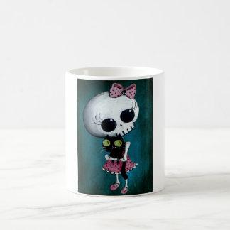 Pequeña Srta. Death - belleza de Halloween Taza Básica Blanca