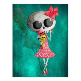 Pequeña Srta. Death con helado de Halloween Tarjetas Postales