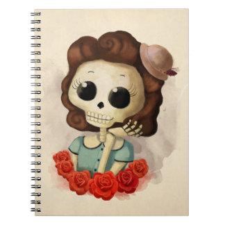 Pequeña Srta. Death y rosas Libreta