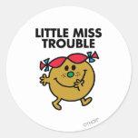 Pequeña Srta. Trouble Classic 2 Pegatinas Redondas