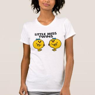 Pequeña Srta. Twins el   dos mucha diversión T-shirts