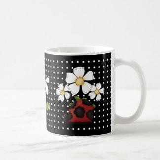 Pequeña taza dulce del té del cacao del café de la