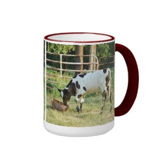 Pequeña vaca taza de dos colores