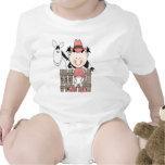 Pequeña vaquera del bebé con la camiseta del cabal
