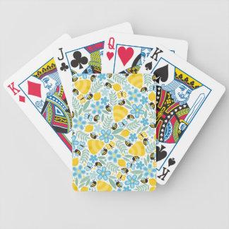 Pequeñas abejas ocupadas baraja cartas de poker